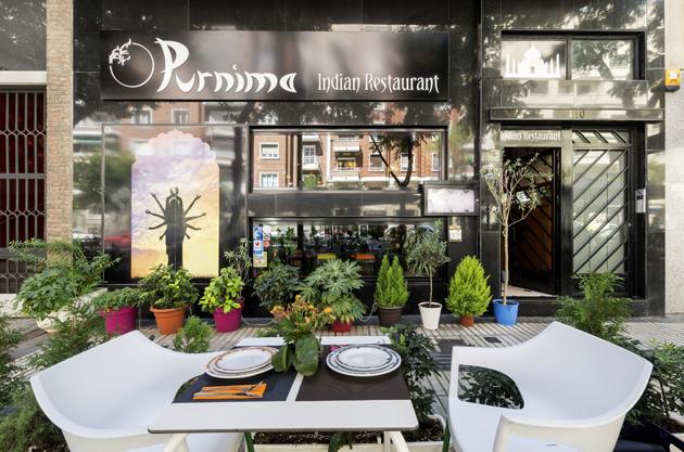 Terraza restaurante Purnima