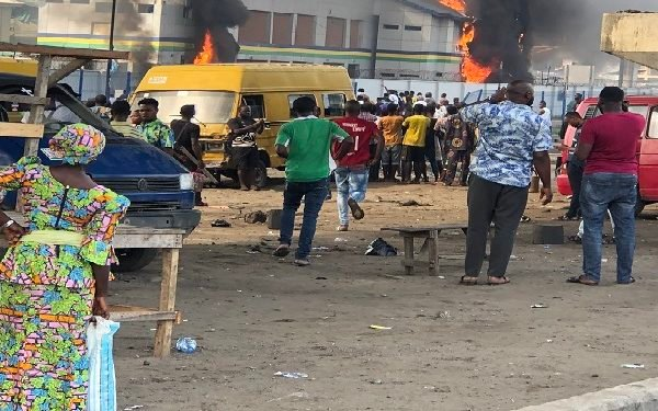 Hoodlums set two police station on fire in Lagos State