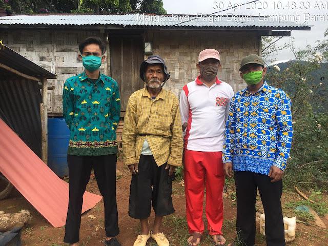 Relawan Covid-19 Pekon Marga Jaya Mulai Melakukan Pendataan Calon Penerima BLT