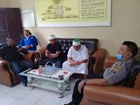Polresta Deli Serdang Mediasikan permasalahan antara FPI dan pemilik warung kopi di batang kuis.