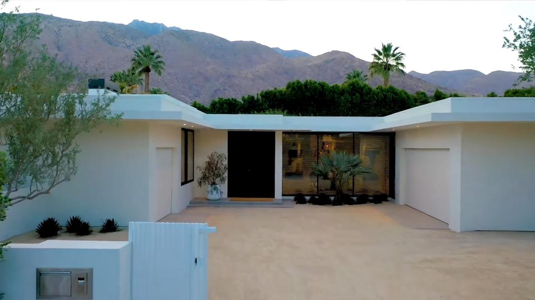 38 Interior Design Photos vs. 863 N Avenida Palos Verdes, Palm Springs, CA Luxury Contemporary House Tour