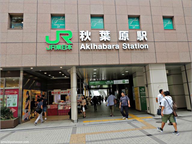 Estación de Akihabara en Tokio