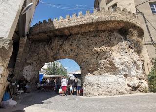 Arco de las Moreras, Letur.