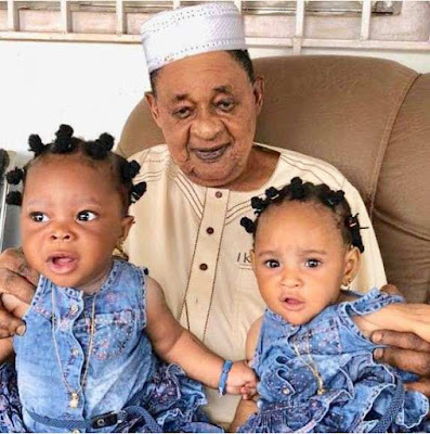 Alaafin of oyo and his twins