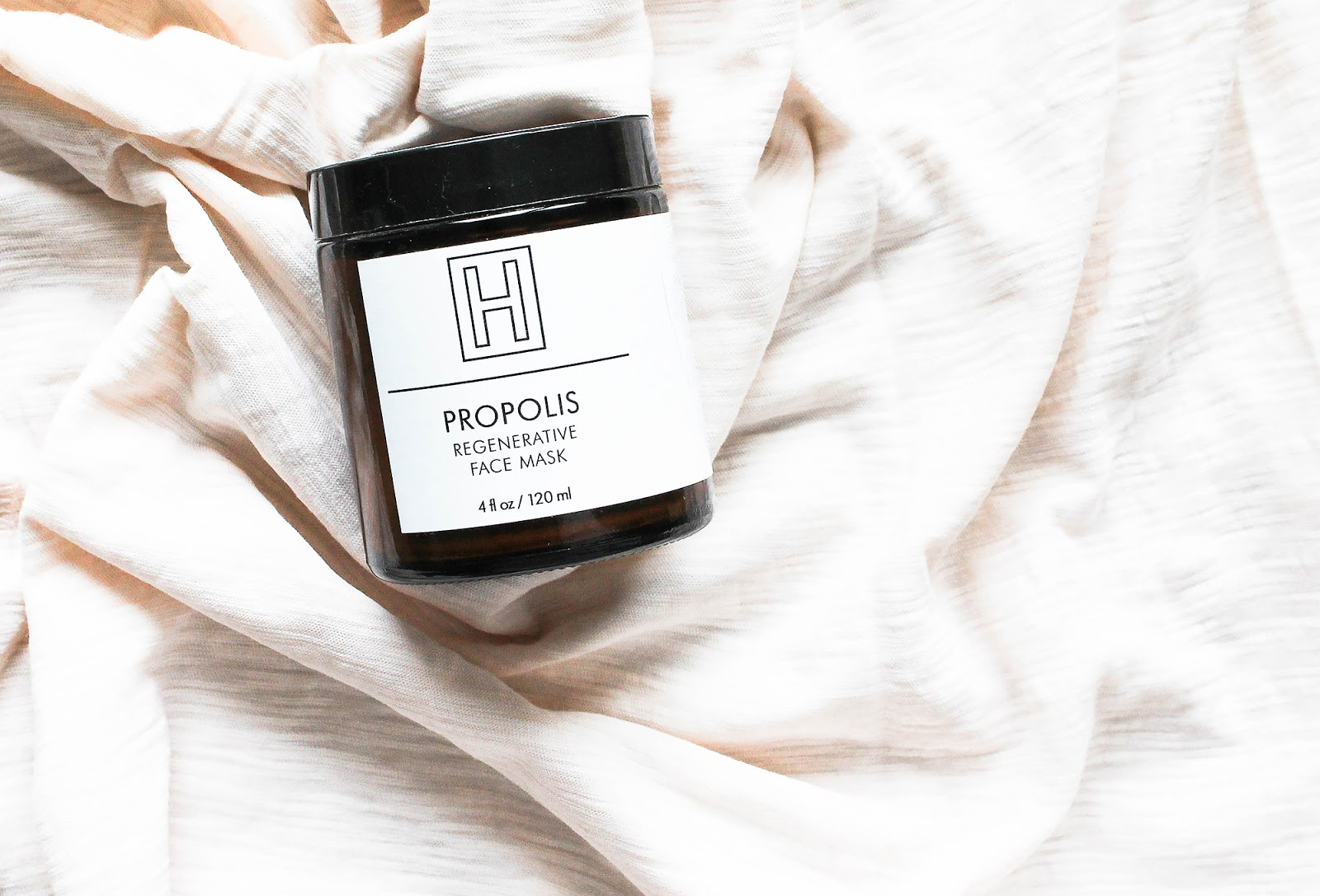 H IS FOR LOVE Propolis Regenerative Face Mask. Purifying, stimulating, brightening. So Natural Beauty.