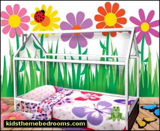 house style kids beds house themed toddler beds cottage theme loft beds