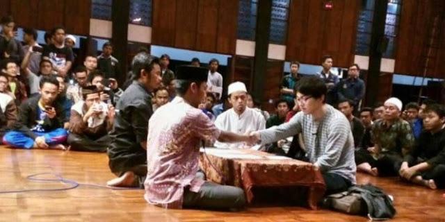 Yakin Islam Agama Yang Cocok Baginya, Mahasiswa Jepang Ini Putuskan Jadi Mualaf Di Masjid Salman ITB