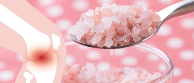 Mira como 1/4 de cucharadita de sal del Himalaya combate el dolor muscular, las toxinas y la grasa del abdomen