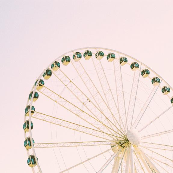 most instagrammable places in seattle great wheel wheel