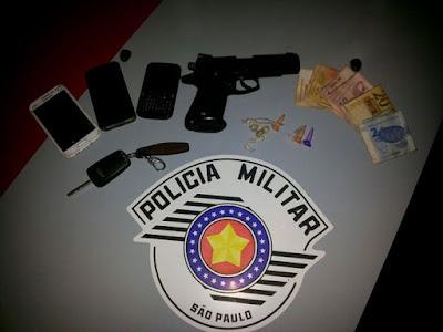 AÇÃO PRECISA DA POLÍCIA MILITAR RESULTA NA APREENSÃO DE CARRO ROUBADO EM JUQUIA