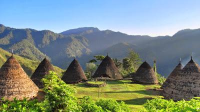 Spot Traveling Terbaik Yang Hanya Ada di Indonesia