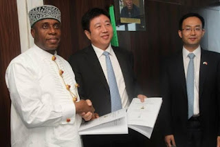 FG signs Lagos-Calabar rail contract