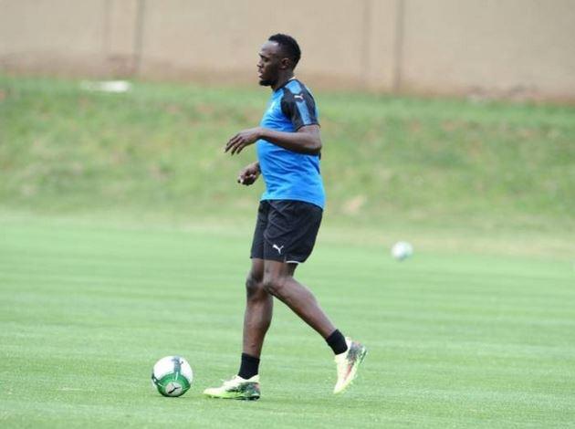 Usain-Bolt-to-become-footballer