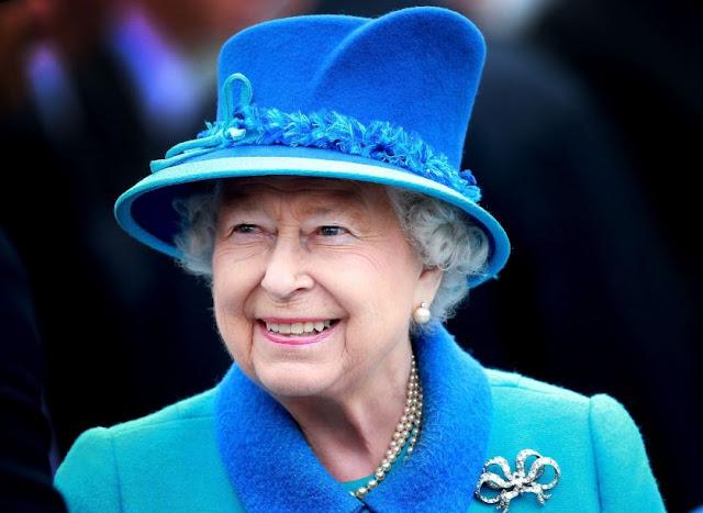 10 قواعد يجب أن تتبعها الملكة إليزابيث كملك