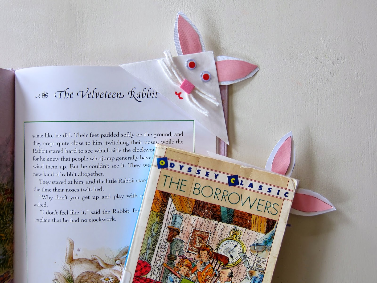 Easter Bunny Bookmark made from paper and pipe cleaners