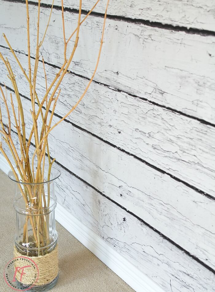 DIY Faux Barnwood EasyOff Photo Backdrop Wall