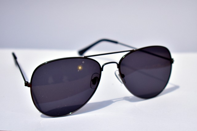 5 Tips to Help You Buy AVIATOR SUNGLASSES FOR MEN