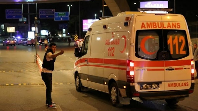 10 killed, 30 injured as van carrying migrants crashes in Turkey