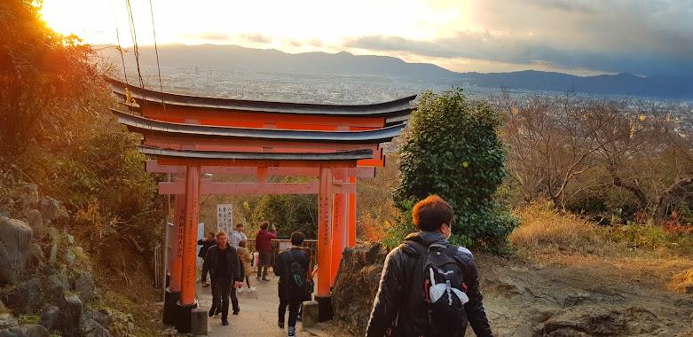 Visit Fushimi Inari Shrine in Kyoto on your Japanese bike trip