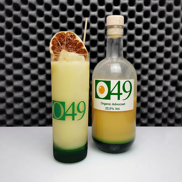 J&C's - O49 Organic Advocaat_served - Snowball Highball