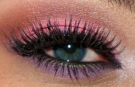 fineathome le blog quel maquillage pour des yeux bleus. Black Bedroom Furniture Sets. Home Design Ideas