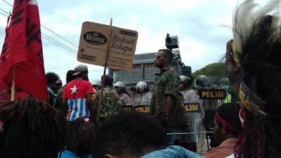 Tangkap 528 rakyat Papua, 74 organisasi tuding aparat keamanan diskriminatif dan brutal