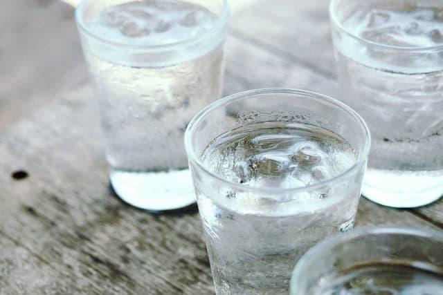 Alkaline Water là gì ? Tác dụng và mức độ an toàn