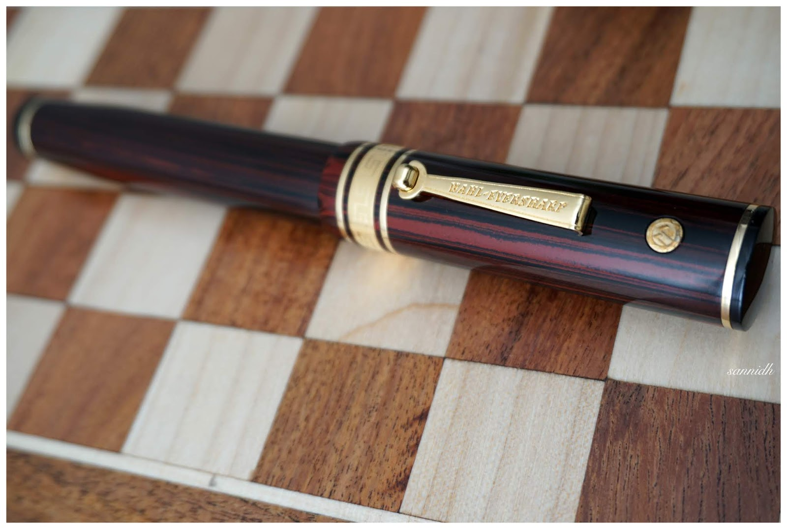 Finest Vintage Rosewood Check Pattern 14.6cm Fountain Pen Writing Equipment