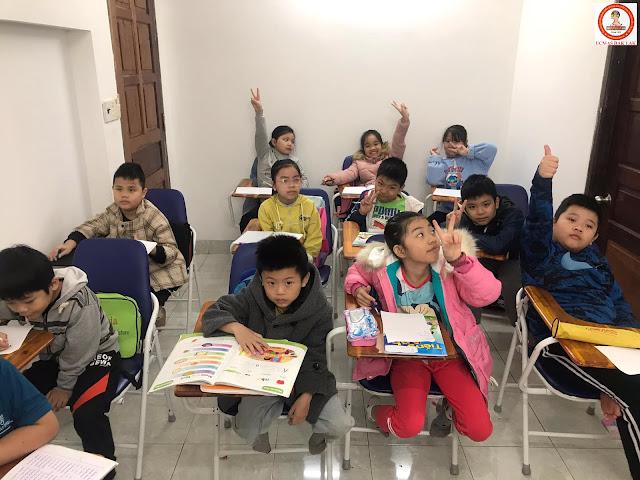 Các bé trong 1 buổi học tại UCMAS Đắk Lắk