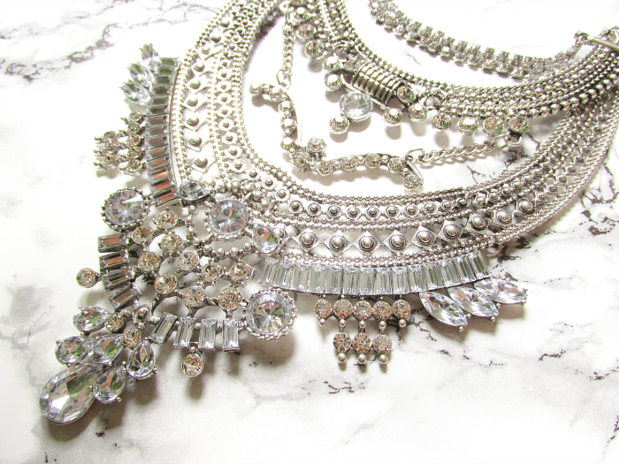 Happiness Boutique Review - Glamorous Over The Top Statement Necklace