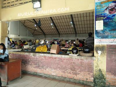 Pasar Ikan Tawau menawarkan harga Ikan yang murah