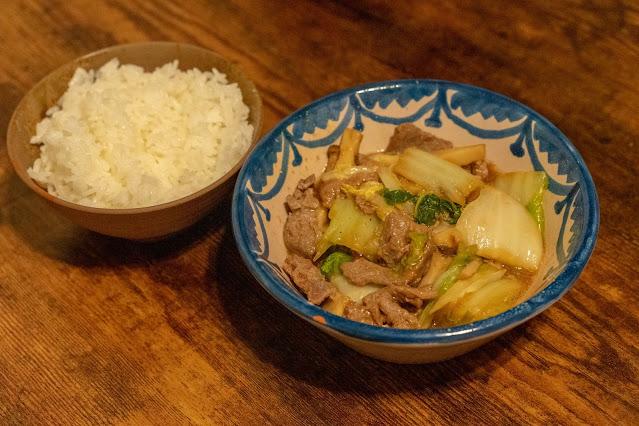 白米と漬けマグロと白菜のあんかけ