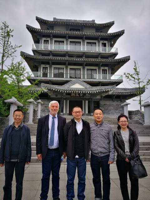 Επίσημη επίσκεψη Τατούλη στη γενέτειρα του Μάο και στην Ακαδημία του Κομφούκιου στην Κίνα