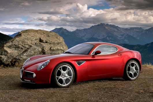 2015 Alfa Romeo 4C specs and review