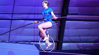 Beautiful girl in circus New Video