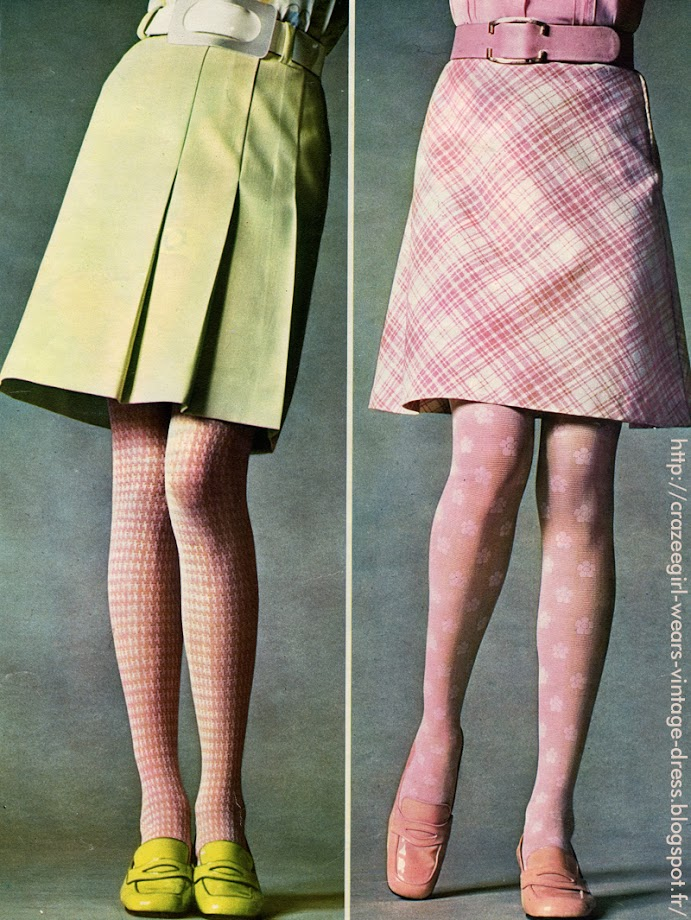 pleated and aline skirts , patent pink and green loafers Renast , tights Maxandre 1969 vintage mod twiggy annees 60