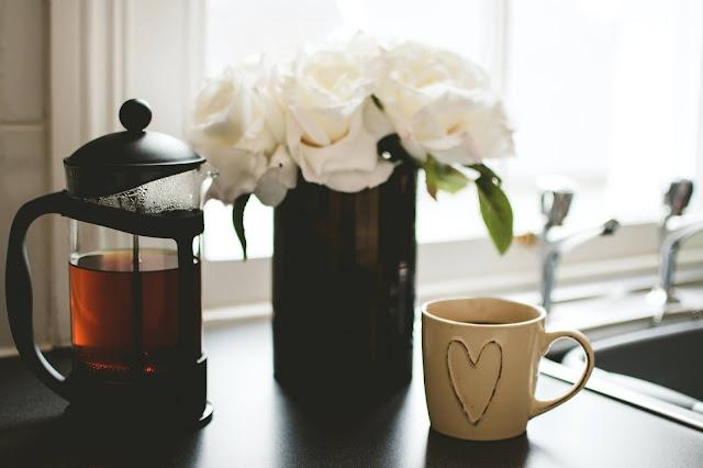 tea pot and tea mug