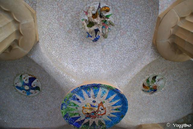 Soffitto della Sala Ipostila del Parc Guell