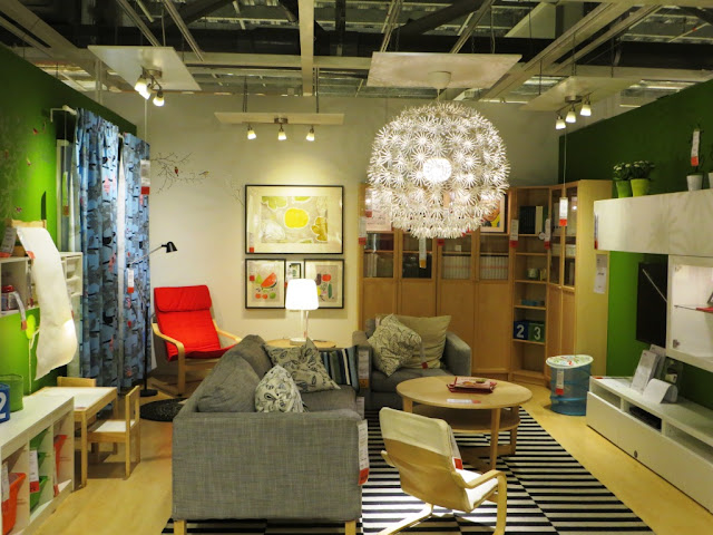 IKEA Outlet Perabotan Rumah Tangga yang Unik