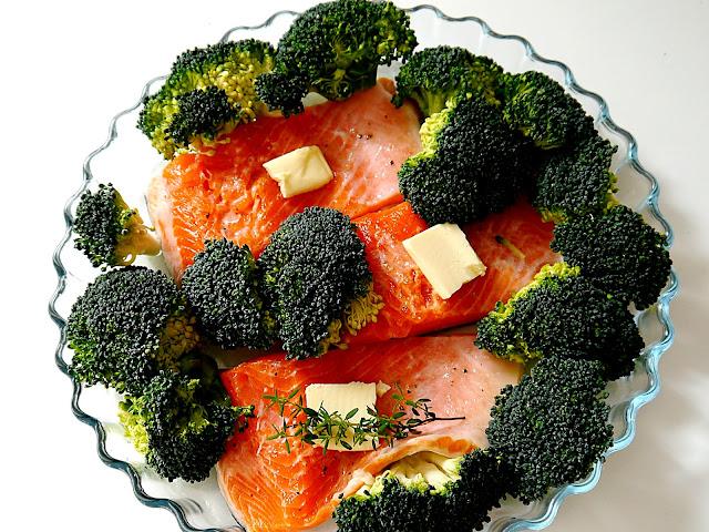Ryba z brokułem zapiekana w mleczku kokosowym - Czytaj więcej »