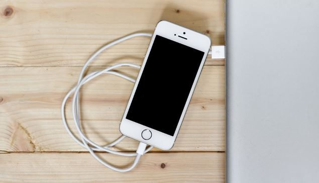 What to do if phone battery is not charging