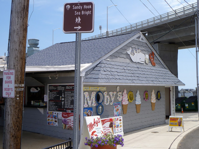 Moby's Lobster Deck, Highlands, New Jersey
