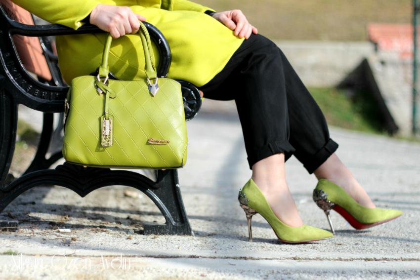 alışveriş-Fıstık Yeşili Kaban-fıstık yeşili stiletto-fıstık yeşili çanta-moda blogu-fashion blogger