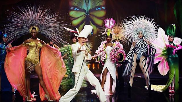 Moda e muita cor no espetáculo VIVID Grand Show em Berlim