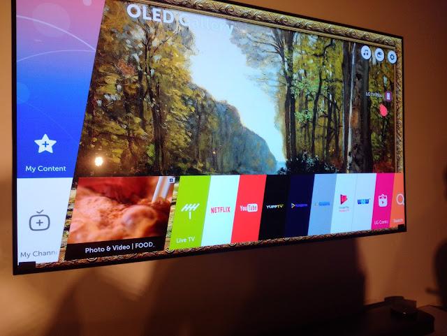 LG Signature Series  OLED TV