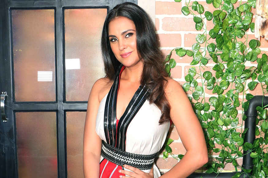 Lara Dutta During First Day Shoot of 'Yamaha Fascino Miss Diva 2017' at Famous Studio