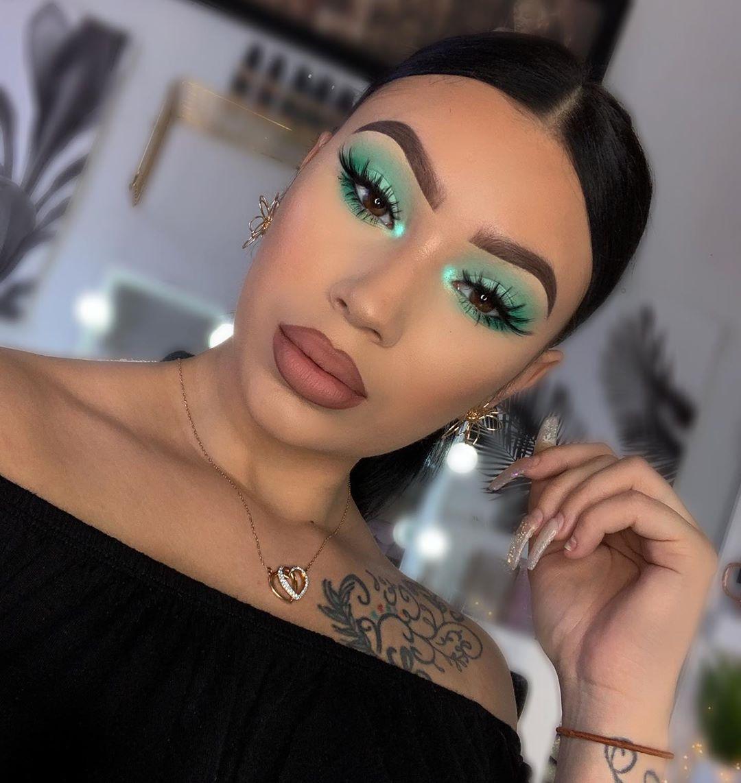 Maquiagem sombra verde menta