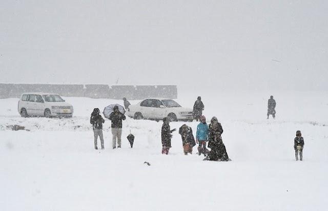 ब्लूचिस्तान में भारी बर्फबारी और बारिश से 14 लोगों की मौत