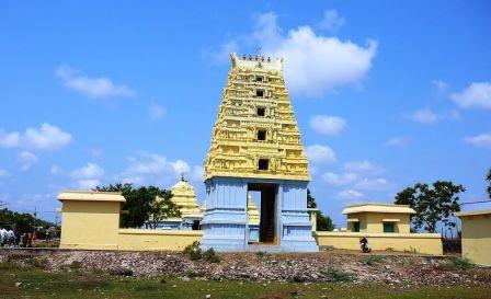 Hamsaladeevi Sri Venugopala Swamy Temple