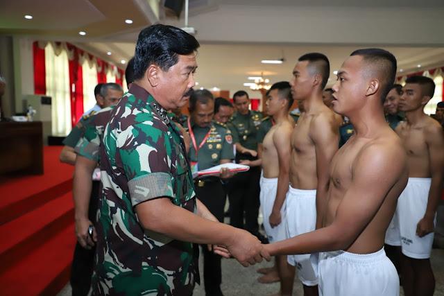 Panglima TNI Pimpin Sidang Pantukhir Akademi TNI 2019